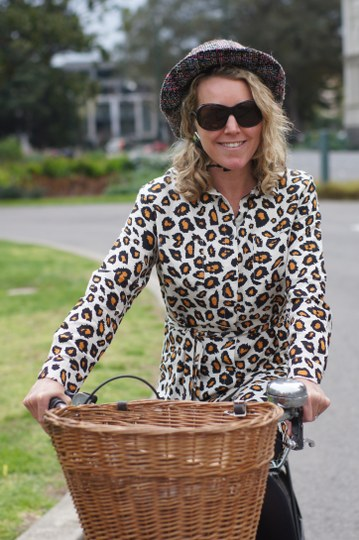 Gourmet Chick cycles to High Tea in an all-Melbourne outfit